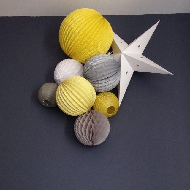 composition de lampions douce pour chambre d'enfant