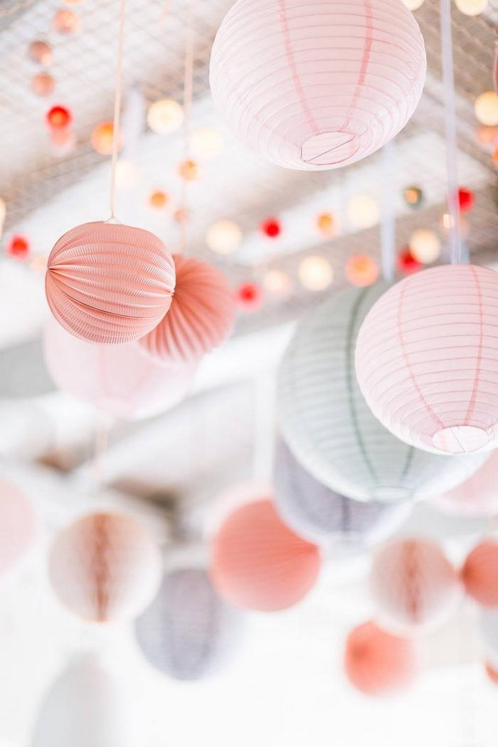 Ciel lanterne lampion mariage pêche rose pastel