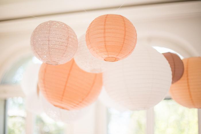 ciel de lanternes dentelle mariage blanc pêche