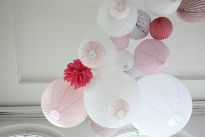 ciel de lanternes mariage camaïeu rose