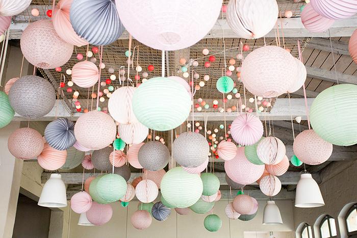 Ciel mariage lanterne lampion rose vert gris