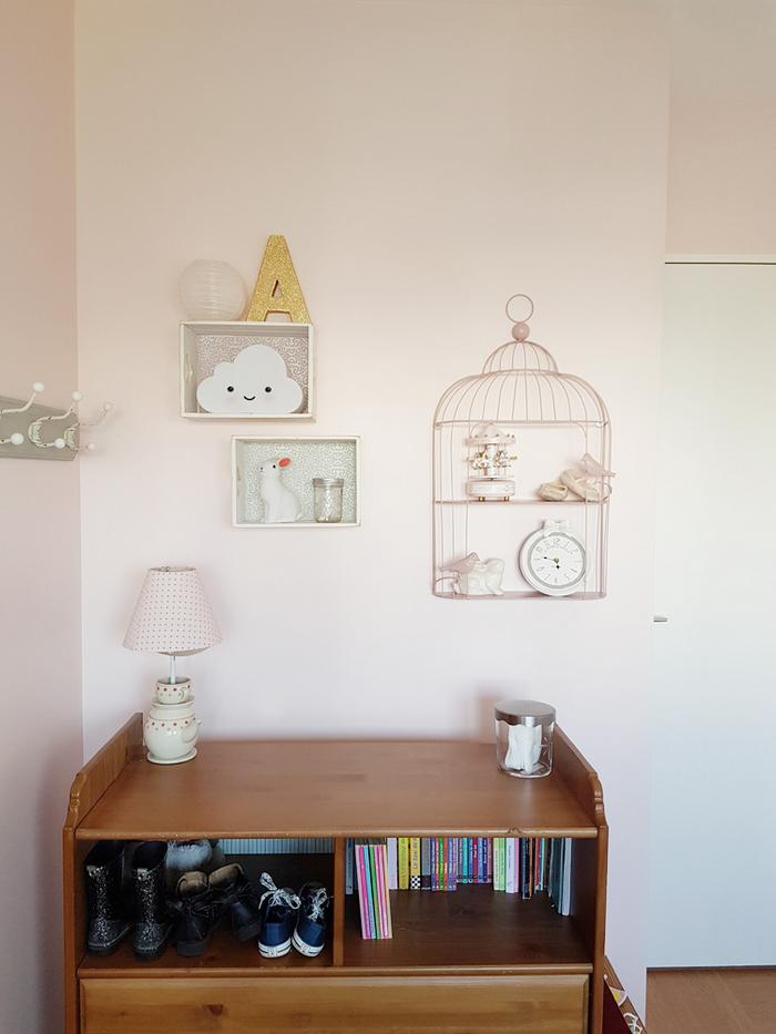 Décoration chambre fille lanterne rose