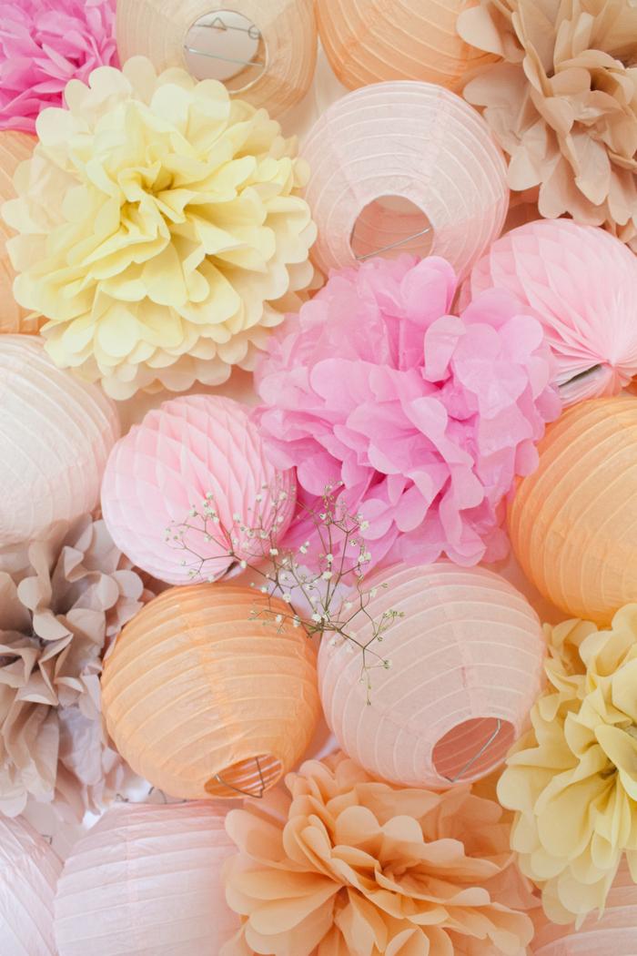 Déco fête des mères lanterne boule pompon pêche rose latté