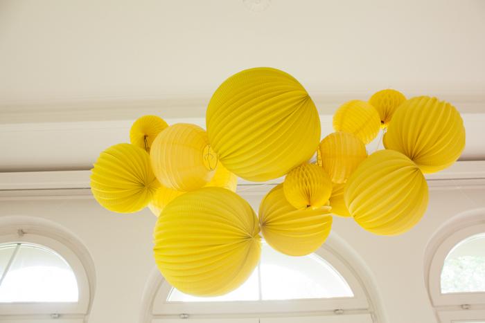 guirlande Anniversaire enfant lego jaune lampion lanterne