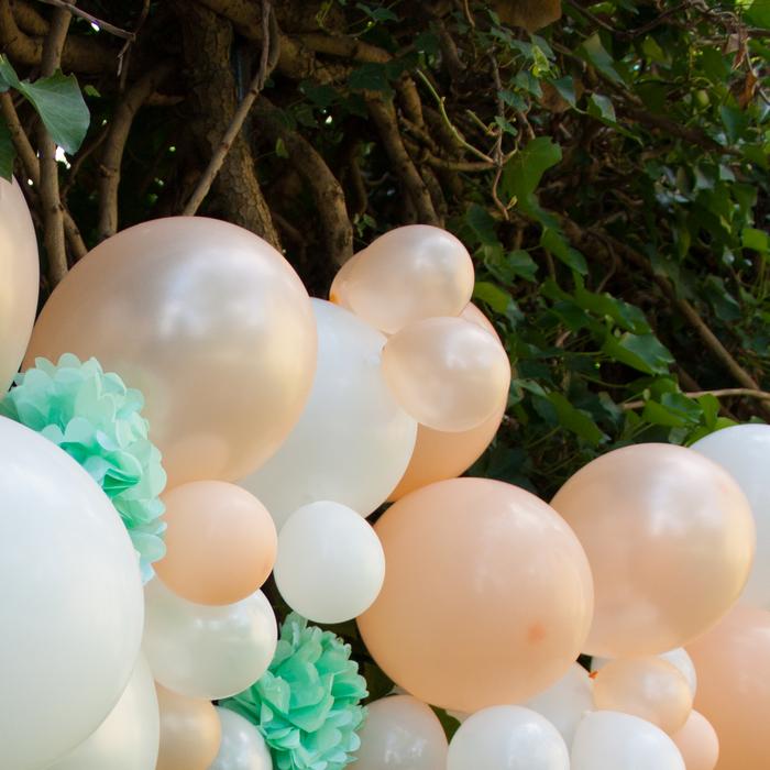 Kit guirlande ballons pêche blanc vert mint déco fête mariage