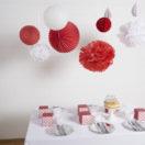 Une décoration de réveillon: un Noël rouge et blanc
