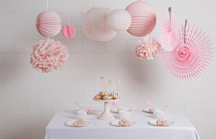 déco d'anniversaire ou de fête en rose pastel