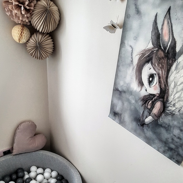 Idée décoration de chambre fille, boule papier vanille beige taupe