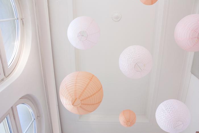 Décoration ciel de lanternes de mariage, lot de lanternes rose et pêche pastel