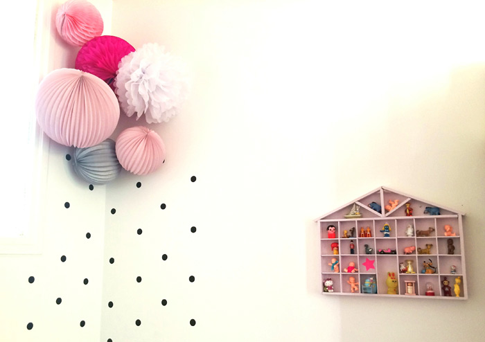 decoration chambre enfant rose et gris