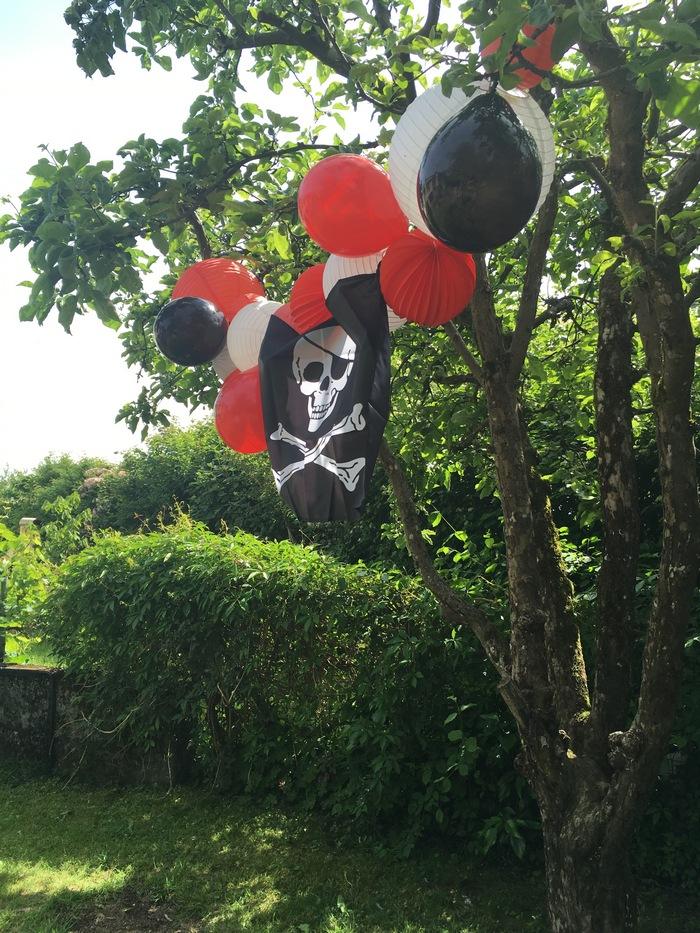 Décoration guirlande pour une fête ou un anniversaire pirate
