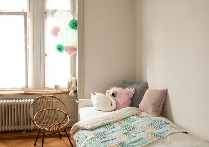 Décoration mint et rose pour une chambre de bébé ou de petite fille