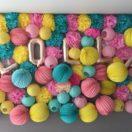 Un mur de pompons pour un photobooth