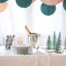 Un buffet de Noël vert et beige