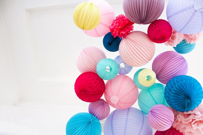 Mariage coloré hippie chic : de nombreuses inspirations pour décorer votre fête