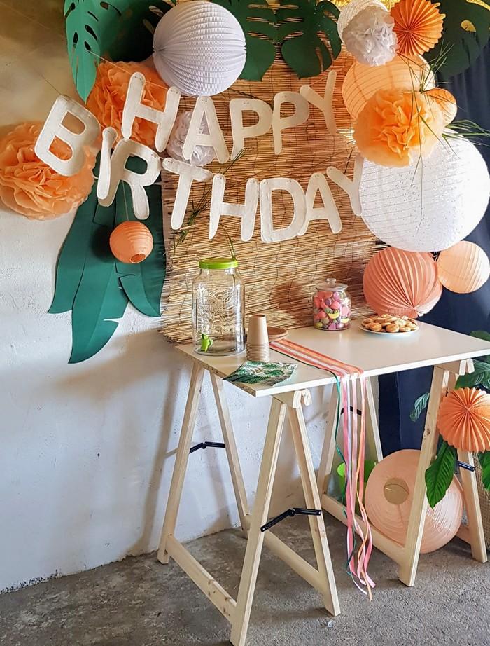 décoration anniversaire enfant dans le thème tropical chic