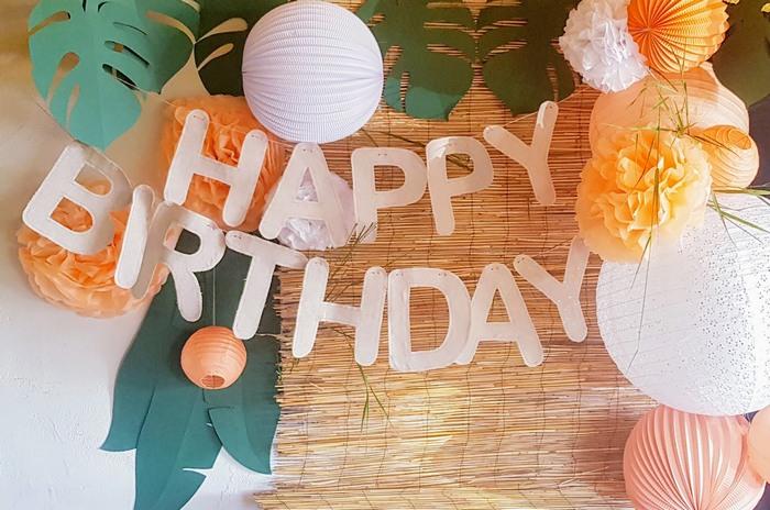 décoration anniversaire enfant tropical chic