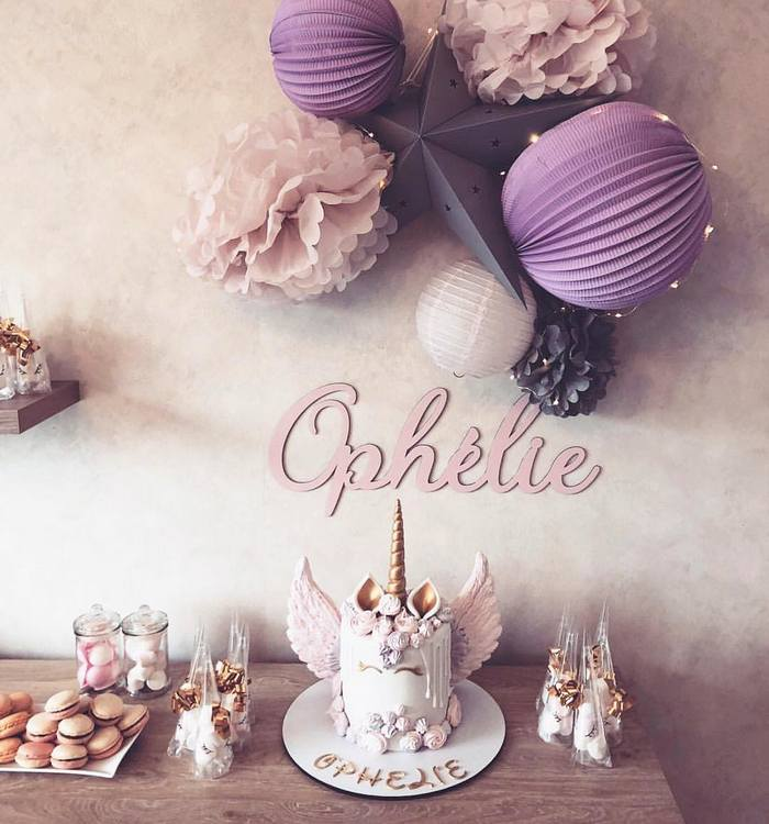 decoration anniversaire fille licorne dans les tons rose et lavande