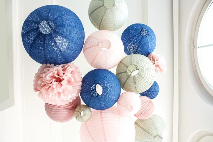 Lanternes mariage: bleu, rose et gris